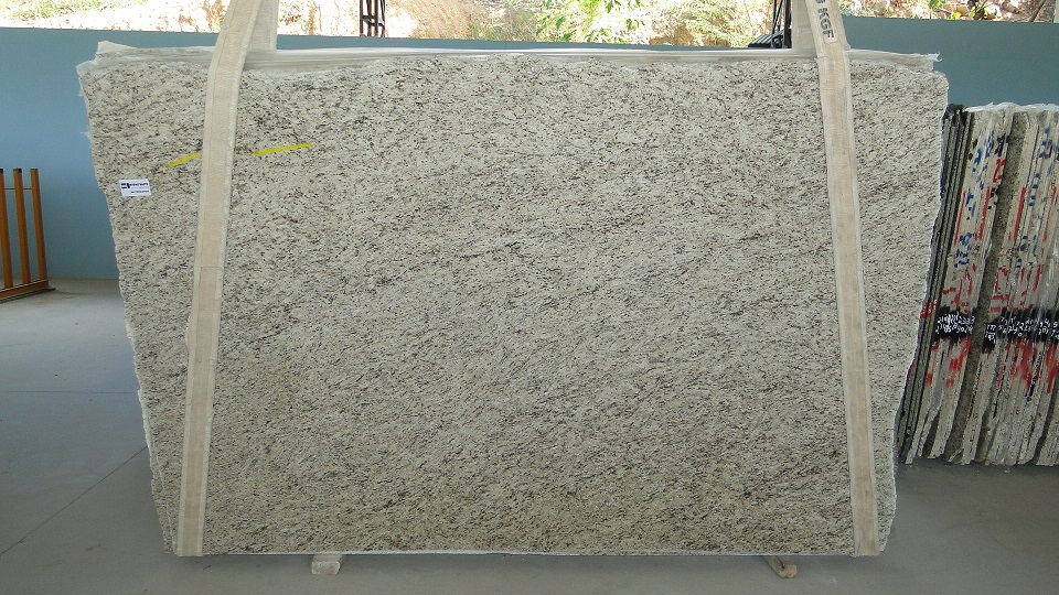 Giallo Ornamental Valcelio