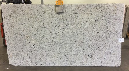 Giallo Ornamental White